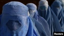 阿富汗婦女權利受制﹐很多婦女甚至不可以邁出家門。