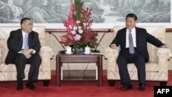 Chủ tịch Trung Quốc trong một cuộc gặp với quan chức cấp cao của Macau.