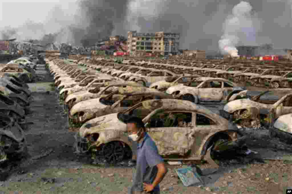 Cảnh tượng kinh hoàng sau vụ nổ ở Thiên Tân.
