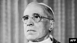 Папа Пий XII (архивное фото)