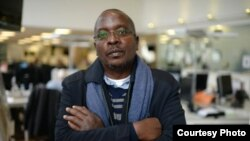 Esdras Ndikumana, journaliste burundais en exil et lauréat du Prix de la presse diplomatique 2015