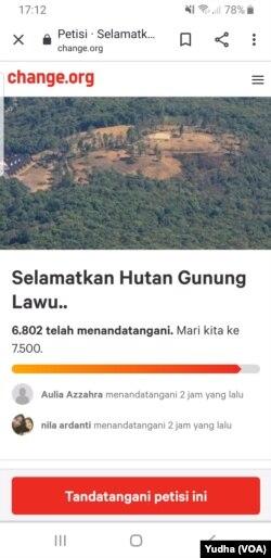 Petisi upaya penyelamatan Hutan Gunung Lawu tembus 7.000 tandatangan. (Foto: VOA/Yudha Satriawan)