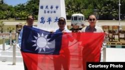 从左至右:陈镇湘,林郁方,詹凯臣