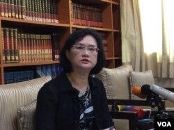 外交部公众外交协调会执行长兼发言人王珮玲(美国之音记者申华拍摄)