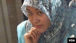 زهرا حسین زاده