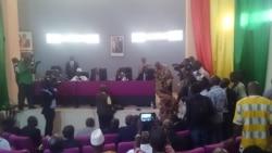 Pétition contre un projet de modification de loi sur les élections en Guinée-Reportage de Zakaria Camara