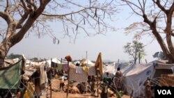 Les déplacés à l'aéroport de Bangui