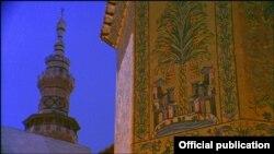 مسجد جامع دمشق یکی از آثاری است که در این فیلم تصویر شده.