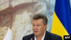 Виктор Янукович на конференции развития в Крыму