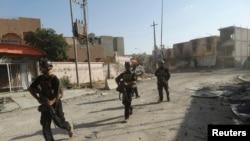 """对""""伊拉克和黎凡特伊斯兰国""""武装作战的伊拉克特战部队成员"""