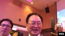 台企联荣誉总会会长张汉文(美国之音记者申华 拍摄)