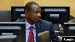 William Ruto saat menghadiri sidang di Mahkamah Kejahatan Internasional Den Haag, Belanda bulan Mei lalu (foto: dok).