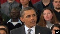 美國總統奧巴馬2月13日在首都華盛頓附近的一所社區大學發表演說