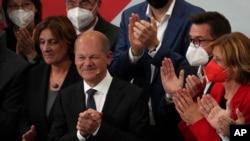 Lider socijaldemokrata Olaf Šolc poslije proglašenja izbornih rezultata