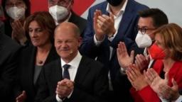 Lider socijaldemokrata Olaf Šolc posle proglašenja izbornih rezultata