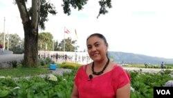Claudia Cerdeño asegura que en su país sí hay oportunidades y no vale la pena arriesgarse a morir tratando de emigrar.