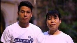 """Nhà vận động dân chủ và quyền đất đai Cấn Thị Thêu (phải) và con trai Trịnh Bá Tư sẽ bị đưa ra xét xử ngày 5/5 với cáo buộc """"tuyên truyền chống phá nhà nước"""" theo điều 117 Bộ luật Hình sự."""