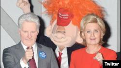 کیتی پری و اورلاندو بلوم در لباس کلینتون و ترامپ