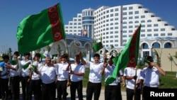 Tabiiy gazga boy Turkmanistonda o'zbeklar haqida deyarli eshitmaysiz