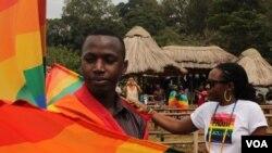 Washiriki katika maadhimisho ya siku ya wapenzi wa jinsia moja Entebbe, Uganda mapema mwaka huu.