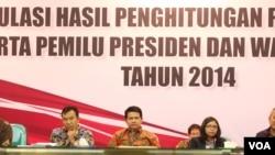Komisi Pemilihan Umum (KPU) menetapkan Joko Widodo-Jusuf Kalla sebagai pemenang Pilpres 2014 di Jakarta, Selasa (22/7).