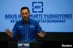 Ketua Umum Partai Demokrat, Agus Harimurti Yudhoyono, memberikan keterangan pers terkait kongres luar biasa (KLB) yang dilakukan kubu lain, Jumat 5 Maret 2021.