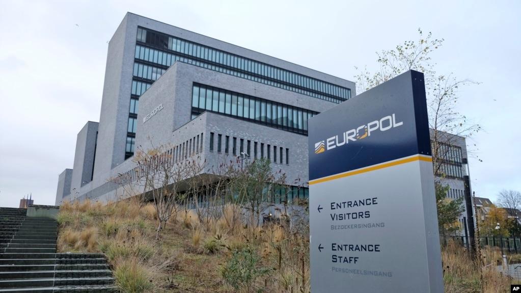 Europol: Shqipëria, burimi kryesor i kanabisit në Europë