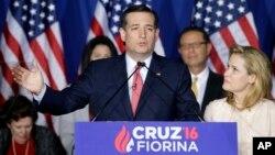 Ted Cruz wo mu mugambwe w'aba Republika n'umukenyezi wiwe