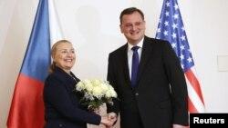 Хиллари Клинтон и Петр Некас