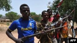 Des miliciens chrétiens entre Bossangoa et Bozoum.