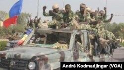 La vague d'arrestation de militaires au Tchad est vivement critiquée à N'Djamena. (VOA/André Kodmadjingar)