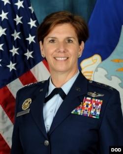 美軍太平洋空軍司令洛里·羅賓遜上將(美國空軍圖片)