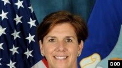 美軍太平洋空軍司令蘿莉羅賓遜上將