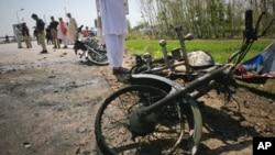 مولانا فضل الرحمن کے قافلے پر دوسرا خودکش حملہ