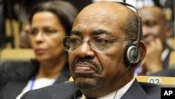 아프리카연합(AU) 정상회의에 참석한 오마르 알-바시르 수단 대통령