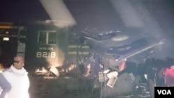 بس اور ٹرین کی ٹکر سے ریل گاڑی کے انجن کو جزوی نقصان پہنچا