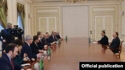 Azərbaycan prezidenti Amerika Yəhudi Komitəsinin icraçı direktoru ilə görüşüb