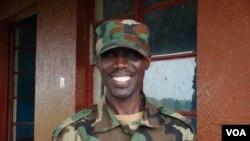 Le général Sultani Makenga, chef militaire du M23, le 3 février 2013 à Rumangabo PINAULT/VOA