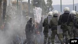 Yunanistan Ekonomik Reformları Sürdürüyor