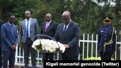Le président de la RDC, Félix Tshisekedi, devant le mémorial du génocide en marge d'une visite au Rwanda, le 25 mars 2019. (Twitter/Kigali memorial genocide)