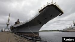 """俄羅斯製""""戈爾什科夫海軍上將號""""航空母艦.(2009年7月2日資料照片)"""