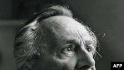 Nhà triết học Pháp Jean-François Lyotard