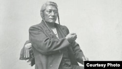 Detail of portrait of Shoshoni Chief Tendoi Demonstrating Sign Language. (Photo by Charles M. Bell, circa 1880, courtesy National Anthropological Archives, Smithsonian Institution, Washington, D.C.)