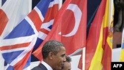 Tổng thống Hoa Kỳ Barack Obama và Tổng thống Pháp Nicholas Sarkozy tại thành phố nghỉ mát Cannes, ngày 3/11/2011