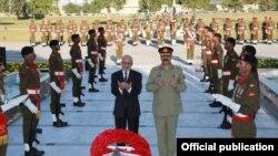Perezida wa Afuganisitani Ashraf Ghani muri Pakisitani
