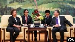 Los dos países firmaron convenios para impulsar la cooperación en áreas que van desde la energía a la agricultura.