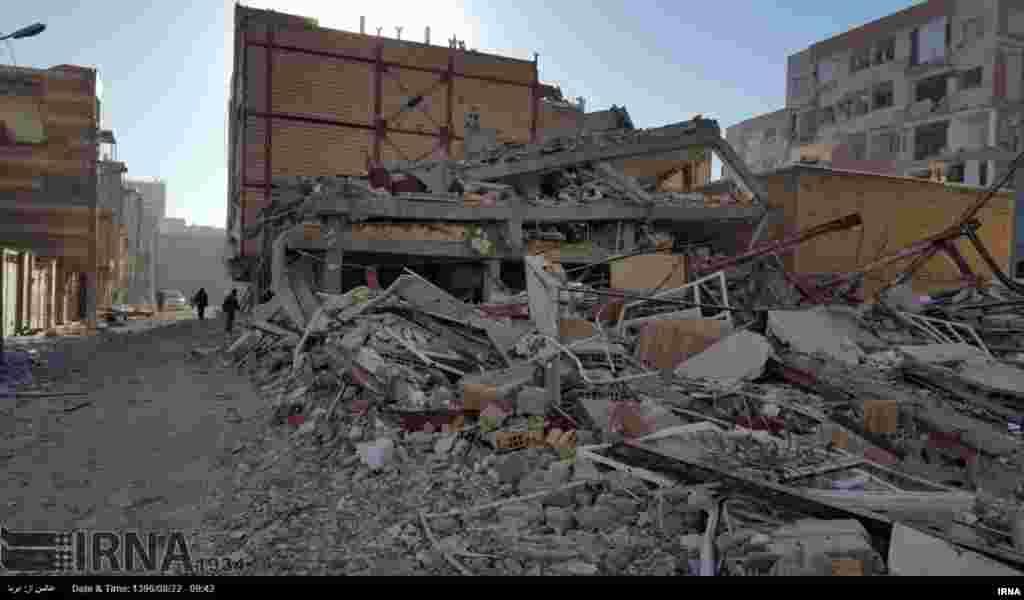 زلزلے سے سب سے زیادہ نقصان ایران کے صوبے کرمان شاہ میں ہوا ہے جہاں کی حکومت نے تین روزہ سوگ کا اعلان کردیا ہے۔