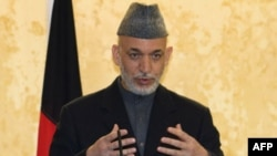 Tổng thống Karzai mới đây từ bỏ kế hoạch chỉ định tất cả 5 thành viên của Ủy ban Khiếu nại Bầu cử