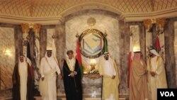 Para pemimpin negara Teluk menghadiri KTT Dewan Kerjasama Teluk (GCC) di Riyadh, Saudi Arabia (10/5).