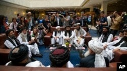 د طالبانو استازو تازه په مسکو کې د افغان سیاسونو سره ملاقات درلود.